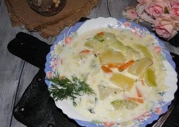 Piena zupa ar kartupeļiem un kabačiem