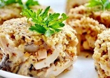 Valriekstu salāti ar kalmāriem