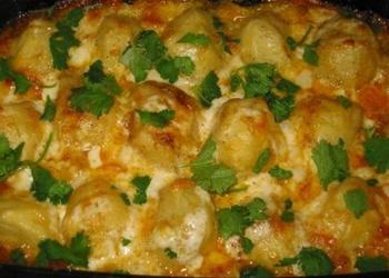 Kartupeļu sacepums ar skābo krējumu