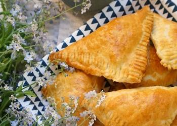 Recepte Līgo svētkiem - Buljona pīrādziņi ar vistas gaļu