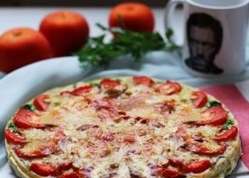 Kišs (pīrāgs) ar sēnēm un tomātiem