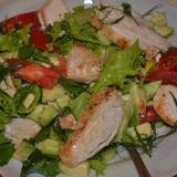 Viegli vistas gaļas salāti