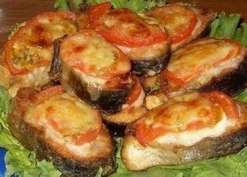 Lasis ar tomātiem un sieru