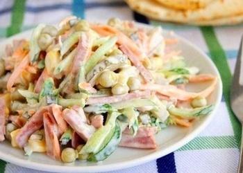 Desas un dārzeņu salāti