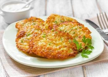 Kartupeļu plāceņi ar sieru