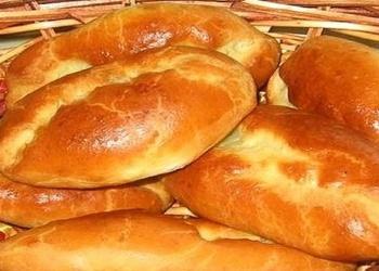 Пирожки с картошкой, кислой капустой и сыром