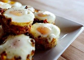 Kartupeļu groziņi ar olu aci