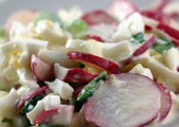 Redīsu un gurķu salāti