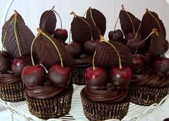 Ķiršu – šokolādes kēksiņi