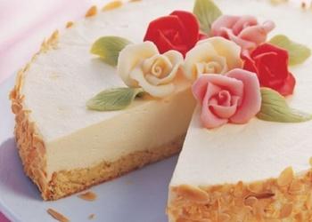 Marcipāna torte ar mandelēm
