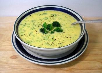 Karstā siera zupa ar desu