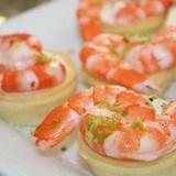 Garneļu salāti groziņos