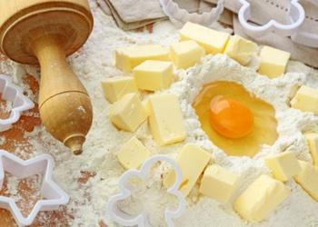Kā pareizi gatavo sviesta (smilšu) mīklu cepumiem, kūkām, tortēm