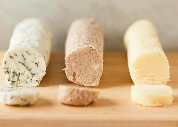 Trīs sviesta maisījumi
