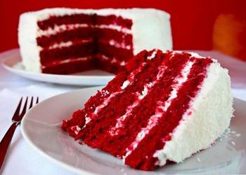 """Torte """"Sarkanais samts"""""""