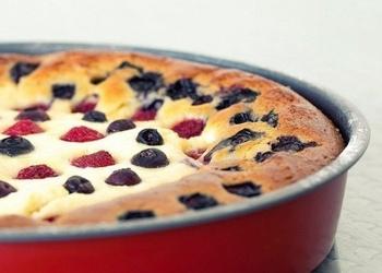Viegli un ātri pagatavojams biezpiena pīrāgs