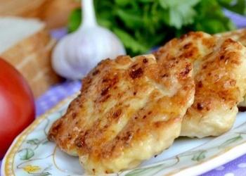 Kartupeļu pankūkas ar kausēto sieru