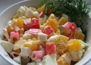 Krabju nūjiņu salāti ar apelsīniem