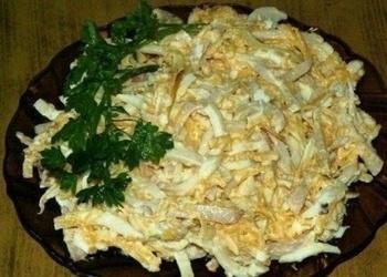 Kalmāru salāti ar sieru