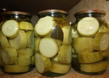 Kabači citrona marinādē