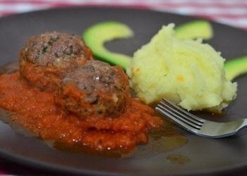 Gaļas bumbiņas itāļu gaumē