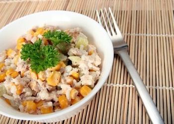Mazkaloriju tunča salāti