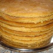 Kā ātri pagatavot biskvītus tortēm
