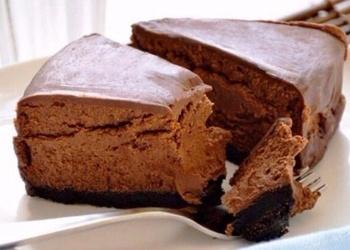Mazkaloriju šokolādes siera kūka