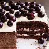 Ķiršu brendija – šokolādes kūka