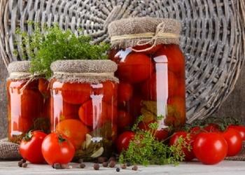 Bez etiķa konservēti tomāti