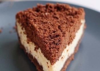 Biezpiena pīrāgs šokolādes mīklas drumstalās