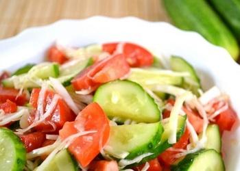 Gurķu salāti ar tomātiem