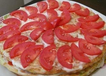 Kabaču torte ar tomātiem