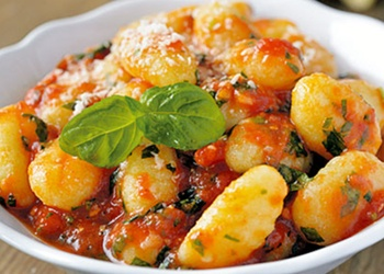 Kartupeļu klimpas ar Ricotta sieru