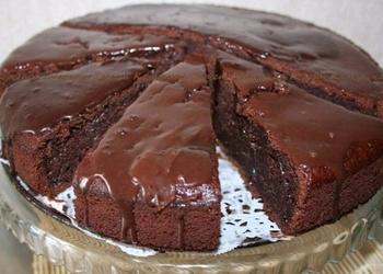 Gardā šokolādes torte ar glazūru