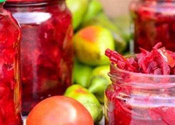 Bietes ar tomātiem - ziemas krājumiem