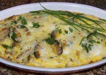 Omlete ar cukīni, šampinjoniem un Parmas sieru