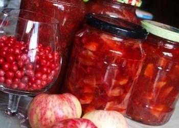 Brūkleņu ievārījums ar āboliem un bumbieriem