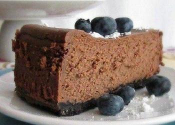 Šokolādes siera kūka ar mellenēm
