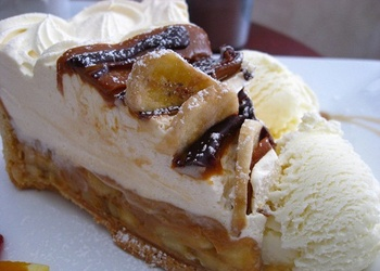 """Smilšu cepumu kūka ar banāniem """"Banoffee Pie"""""""