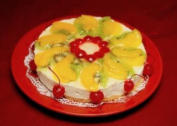 Biezpiena – augļu torte