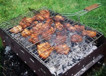 Jēra gaļas šašliks uz restēm