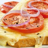 Grauzdēta maize ar sieru