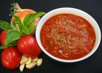 Asā tomātu mērce