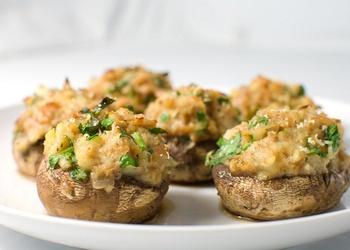 Pildīti šampinjoni ar kartupeļiem