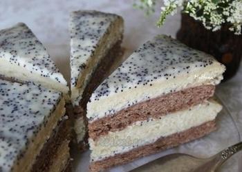 Skābā krējuma – šokolādes torte ar magonēm