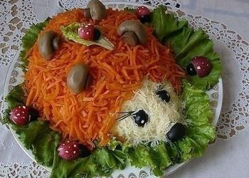 """Salāti """"Ezītis"""" ar burkāniem"""