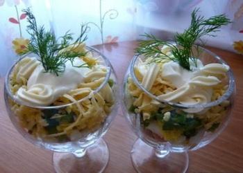Sēņu un siera salāti