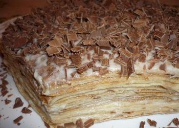 Pankūku torte ar sviesta krēmu