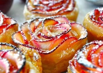 Ābolu rozīšu deserts